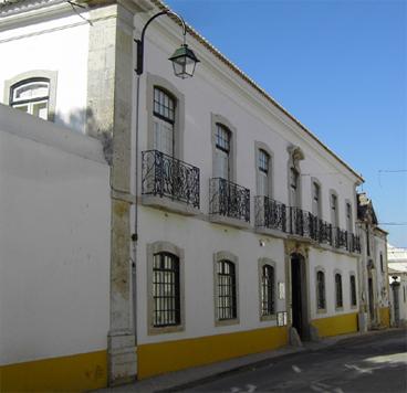 Biblioteca Municipal Irene Lisboa